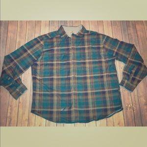 Woolrich sz xl green brown plaid button down shirt